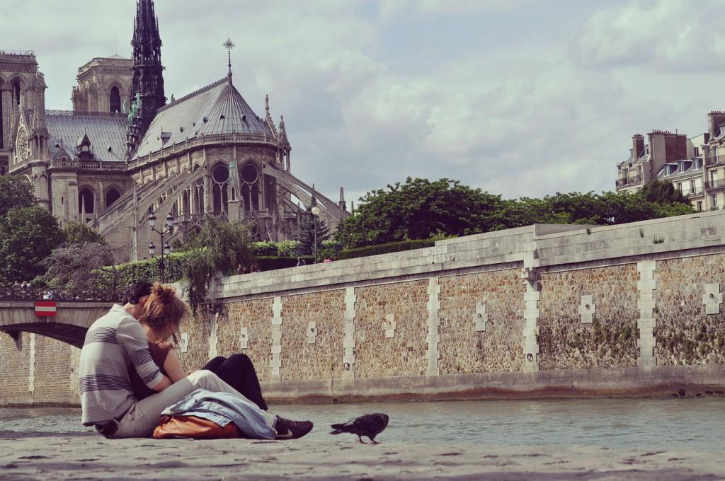 в Париж на день Святого Валентина